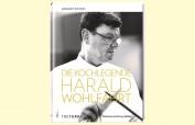 Harald Wohlfahrt – unumstritten die Nr. 1 der deutschen Spitzengastronomie Seine Person, ein Leben für die Perfektion – plus 35 Köstlichkeiten zum selbst probieren. Herausgegeben von Ralf Frenzel