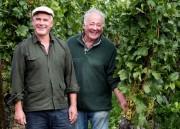 Der bonvinitas-König 2018: Weingut Robert und Manfred Aufricht (die Brüder von rechts), Meersburg-Stetten, bester Winzer 2018. Foto: Winfried Heinze