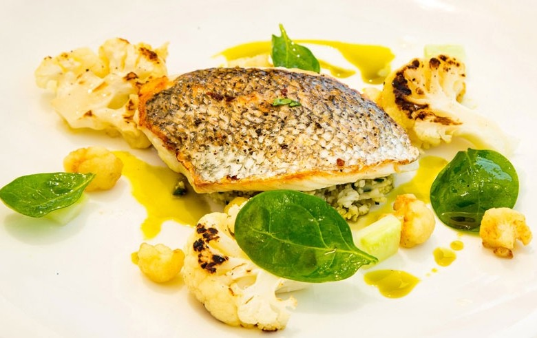 Leichte Sommerküche Chefkoch : Leichtes sommerrezept zahnfisch mit gemüse