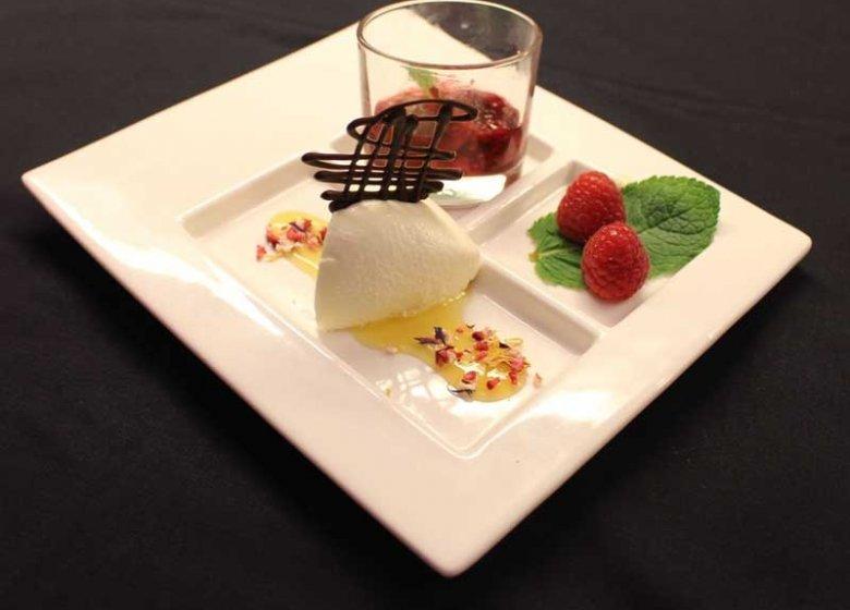 Mit Dessert-Wein ein Genuß: Leichtes Zitronen-Joghurtmousse