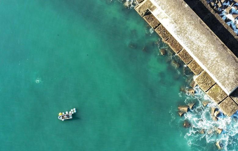 Weinausbau unter Wasser in 15 m Tiefe - Emmanuel Poirmeur – Pionier an der französischen Atlantikküste