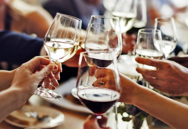 DWI: Weineinkäufe im Inland rückläufig - Grund demographischer Wandel