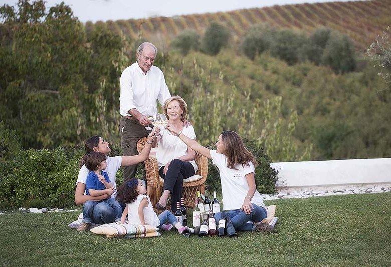 Alice und Paulo Tavares da Silva bewirtschaften die Quinta de Chocapalha mit ihren Töchtern.