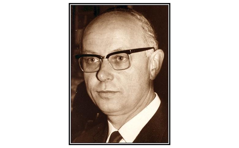 Prof. em. Dr. Paul Claus, der am 16. September 2020 nur wenige Wochen vor seinem 100. Geburtstag verstorben ist, ehemaliger Direktor der seinerzeitigen Hessischen Lehr- und Forschungsanstalt